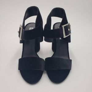 Steve Madden Womens Riesling Sandals Black 7.5